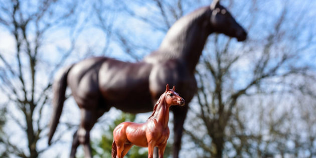 Breyer Joins Man o' War's 100th Celebration with Release of a Centennial Edition of Legendary Racehorse