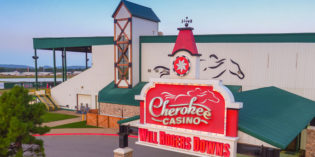 Live Thoroughbred racing returns to Will Rogers Downs March 25